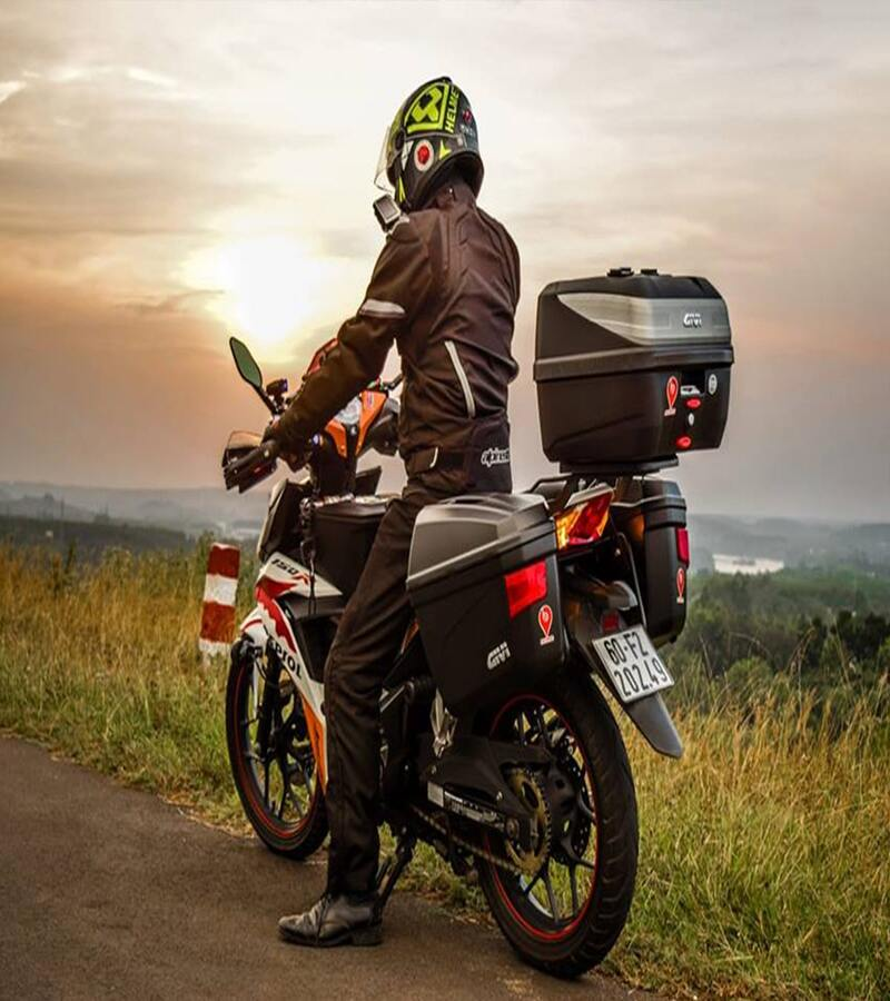 thuê xe máy tại Hạ Long